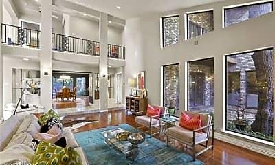 Living Room, 9209 Westwind Ct, 0