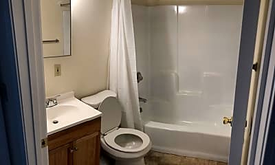 Bathroom, 4053 Mississippi Ave, 0