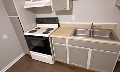 Kitchen, 103 McKellar Hill, 2