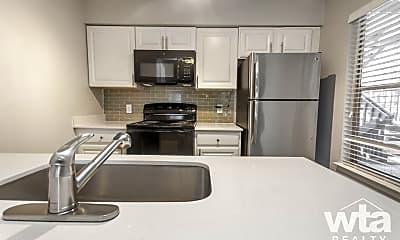 Kitchen, 3517 North Hills Dr, 0