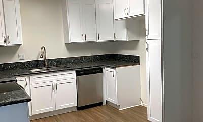 Kitchen, 7409 Magnolia Ave, 2