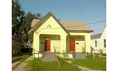 Building, 6324 Baccich St, 0