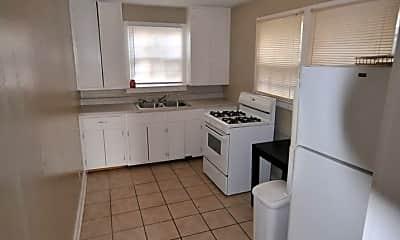 Kitchen, 819 17th Avenue A-F, 1