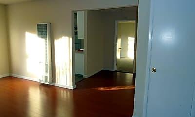 Living Room, Creekside Apartments, 2