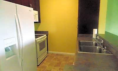 Kitchen, 123 Hoowaiwai Loop, 1