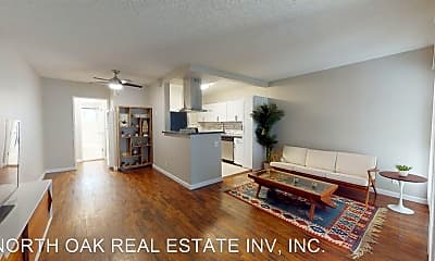 Living Room, 6530 De Longpre Ave, 1