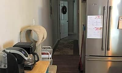 Kitchen, 1613 S 9th St, 2