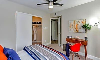 Bedroom, Moxi, 2