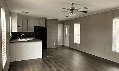Living Room, 621 N Mills Dr, 2