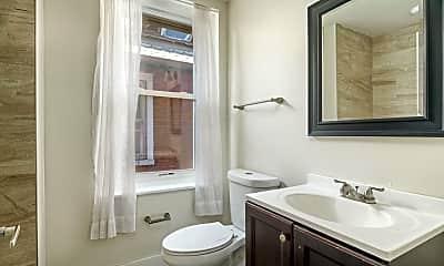Bathroom, 4922 Cedar Ave 3, 2