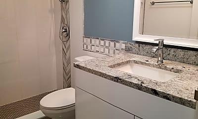 Bathroom, 5445 N Sheridan Rd 2505, 2