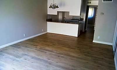 Living Room, 8633 Columbus Ave, 1
