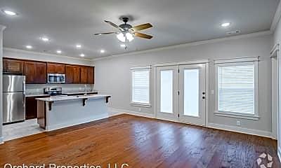 Living Room, 483 Blue Spruce Ave, 0