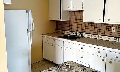 Kitchen, 219 Glenside Ave A, 1