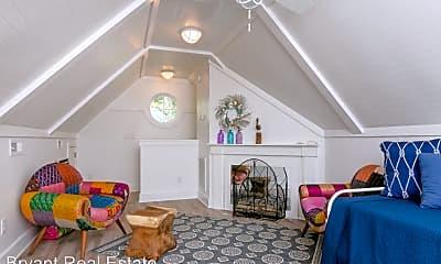 Living Room, 300 Garnercrest Rd, 2