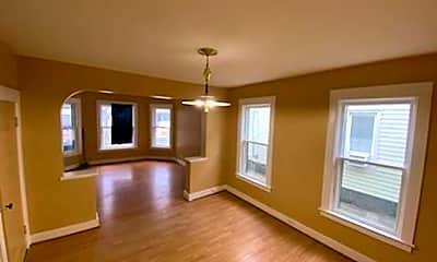Living Room, 1102 Willett St, 0