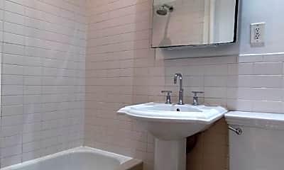 Bathroom, 11 E 30th St, 2