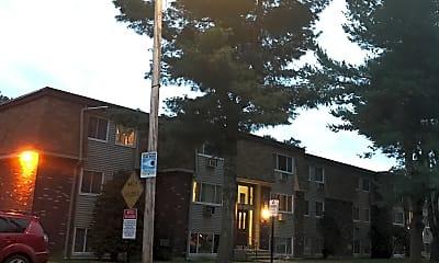 Rutland Manor Apartments, 0