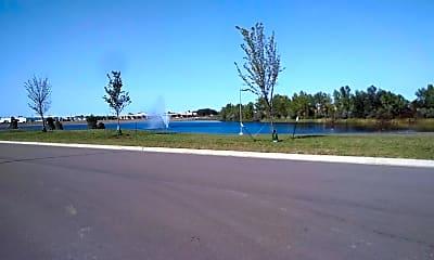 Grand Living at Lake Lorraine, 2