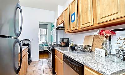 Kitchen, 358 W 127th St, 2