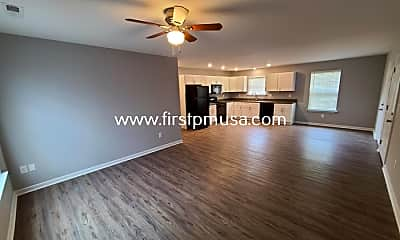 Living Room, 4612 Colonial Dr, 1