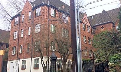 Building, 420 13th Ave E, 0