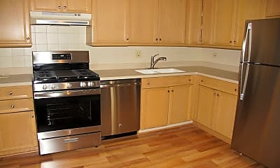 Kitchen, 525 S Cleveland Ave 318, 1
