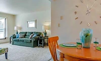 Dining Room, Tuckaway Heights Apartments, 1
