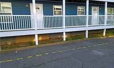 Building, 2111 Pretty Lake Ave 15, 2