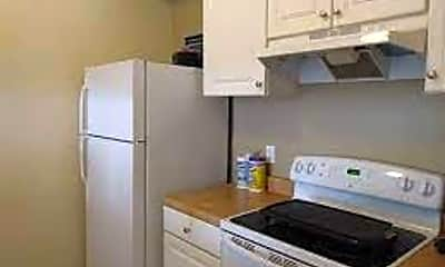 Kitchen, 1801 Fairlane Rd, 2