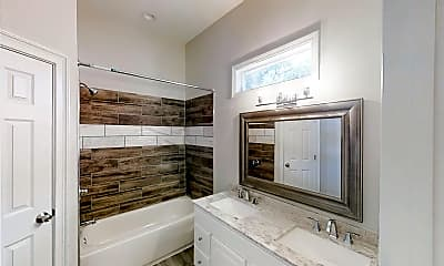 Bathroom, Room for Rent -  less than a minute walk to bus st, 0