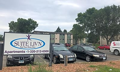 Willow Run Apartments, 1