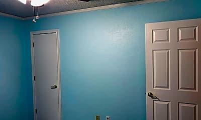 Bathroom, 1708 Amazon Dr, 2