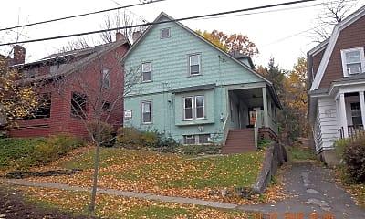 Building, 948 Ackerman Ave, 1