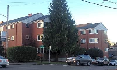 Building, 4407 SW Alaska St, 1
