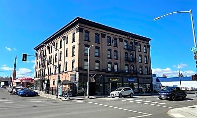 Building, 106 S Cedar St, 1