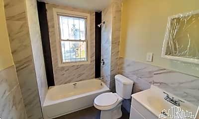 Bathroom, 48 Hopkins Pl, 2