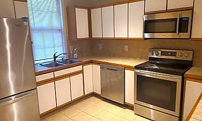 Kitchen, 125B Johnson St, 1