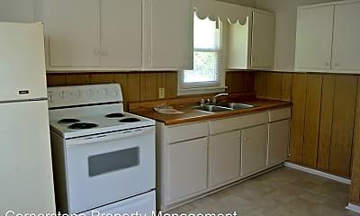Kitchen, 1032 Moss Cir, 1