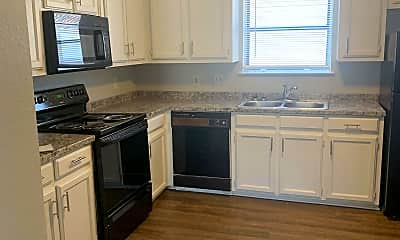 Kitchen, 2511 W Prairie St, 1