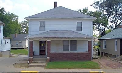 Building, 401 W Adams Rd, 2