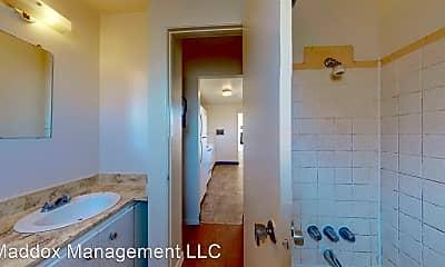 Bathroom, 2121 Gold Ave SE, 1