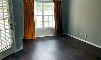 Bedroom, 705 Drake St, 2
