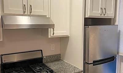 Kitchen, 331 E Wilson St, 1