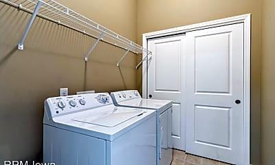 Bathroom, 6350 Coachlight Dr, 2