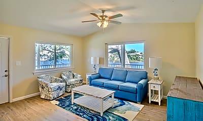 Living Room, 240 Harmon Ave, 1