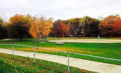 Village Green of Lansing, 2