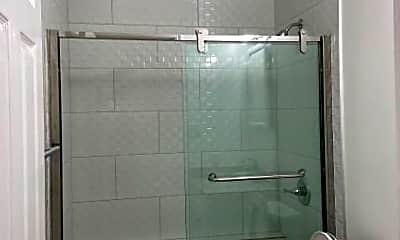 Bathroom, 445 Burnett Ave, 0