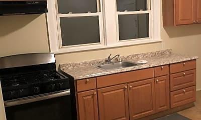 Kitchen, 135 Leslie St, 0