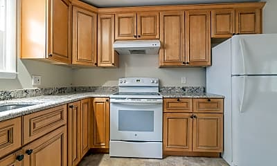 Kitchen, 11 Jordan Dr S, 1